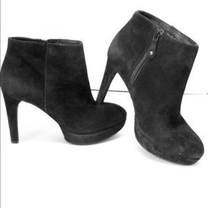 Rockport Black Suede Badass But Comfy Booties